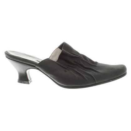 Dries van Noten Mules in nero