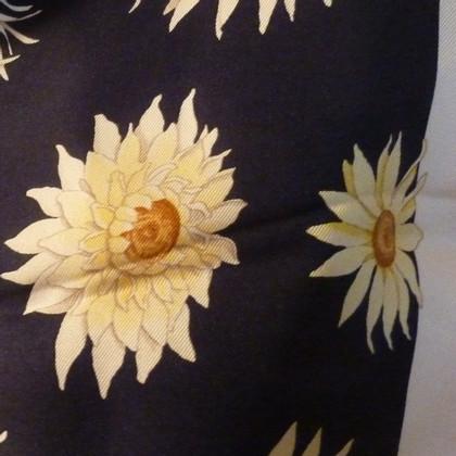 Salvatore Ferragamo Silk scarf with flower print