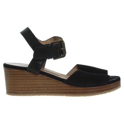 A.P.C. Suede sandalen blauw