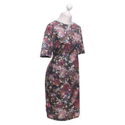 Omen Dress with a floral pattern