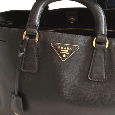 Prada Handtasche in Schwarz Schwarz Räumungsverkauf Online KlPlnRu
