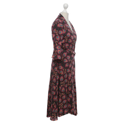 Karen Millen Dress with a floral pattern