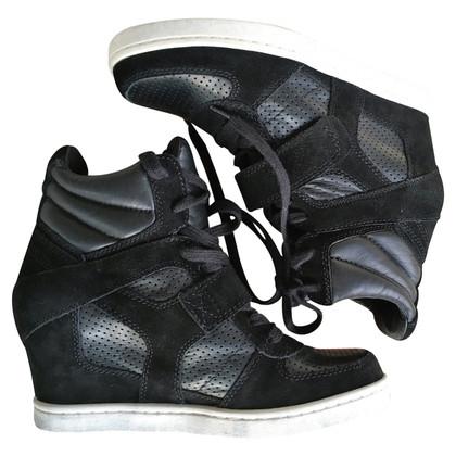 Ash coins Sneaker