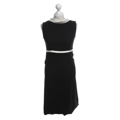 Balenciaga Sheath dress in black