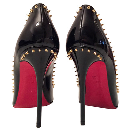 Christian Louboutin Vernice pumps