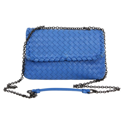 Bottega Veneta Schoudertas in blauw