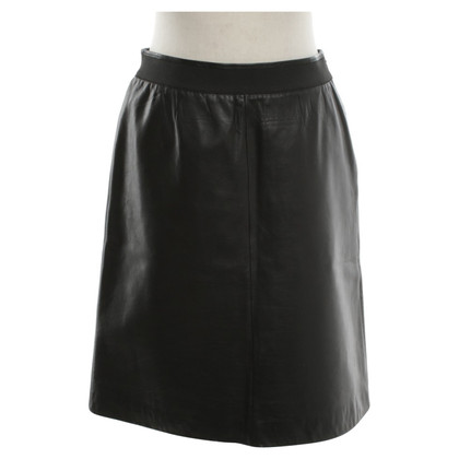 Loewe Leather skirt in black