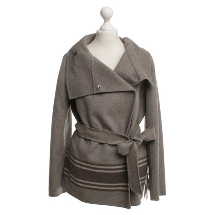 Max Mara Short coat in gray