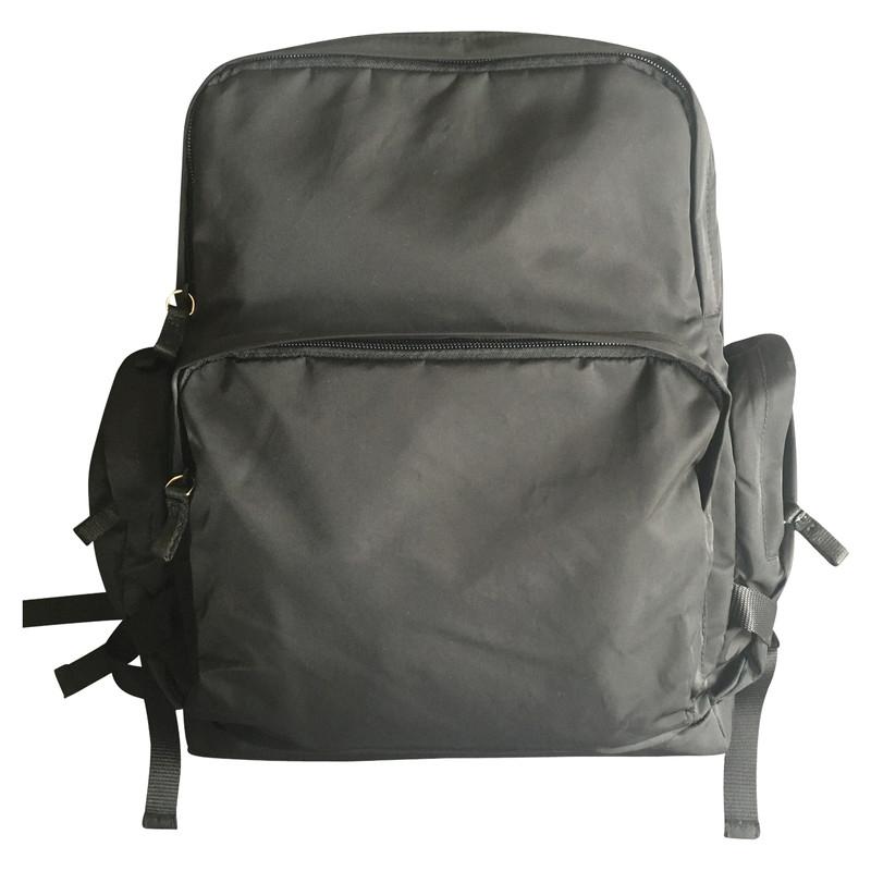 7204a8db netherlands prada backpack bz2811 keychain d9efc 33553
