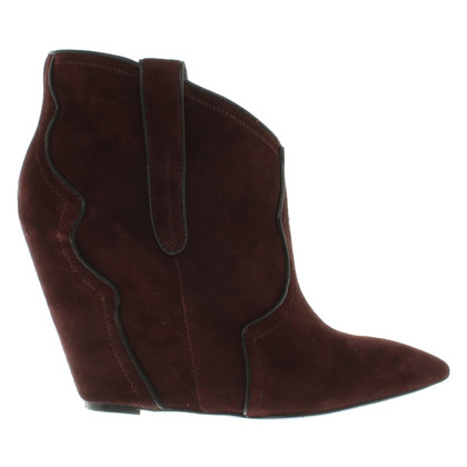 Ash Wedges in Bordeaux