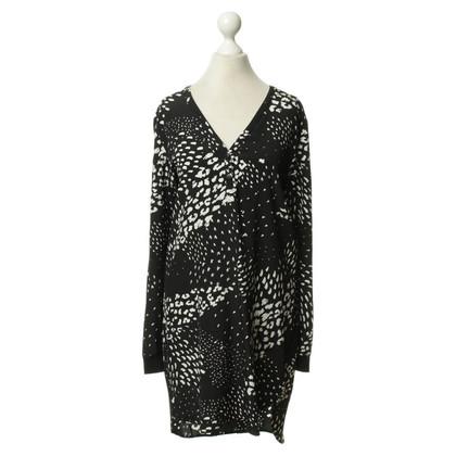 Tibi Seidenkleid in Schwarz-Weiß