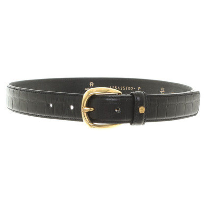 Aigner Black belt