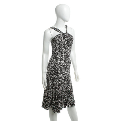 D. Exterior Dress with pattern