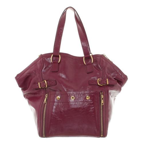 6af33c8d4028c Yves Saint Laurent Shoulder bag made of patent leather - Second Hand ...