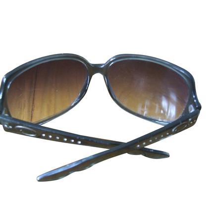 Oscar de la Renta sunglasses