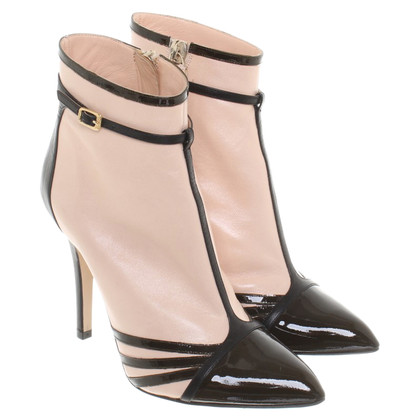 N°21 Ankle boots in bi-color