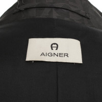 Aigner Trench samples Print