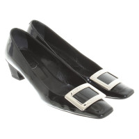 Roger Vivier pumps made of patent leather