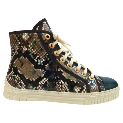 Chanel Sneakers van reptielenleer