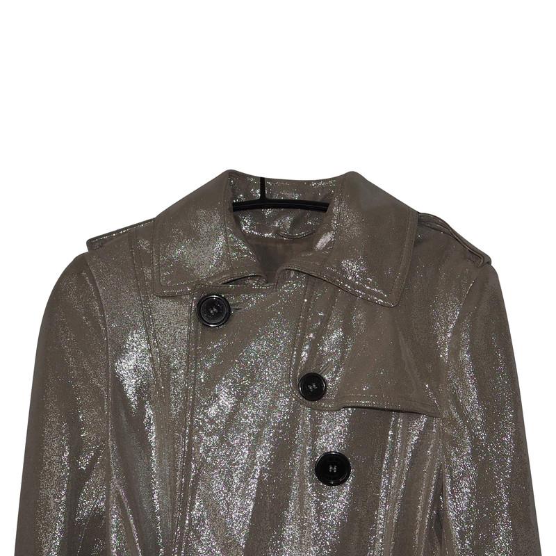 Burberry mantel khaki
