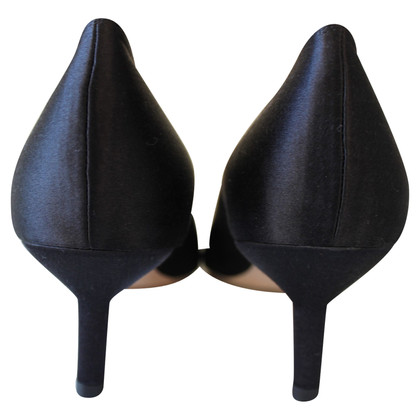 Manolo Blahnik pumps satin noir