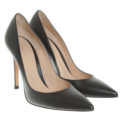 Gianvito Rossi pumps in zwart
