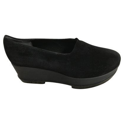 Robert Clergerie Black suede wedges