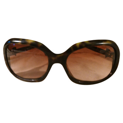Chanel Sunglasses with bow tie application