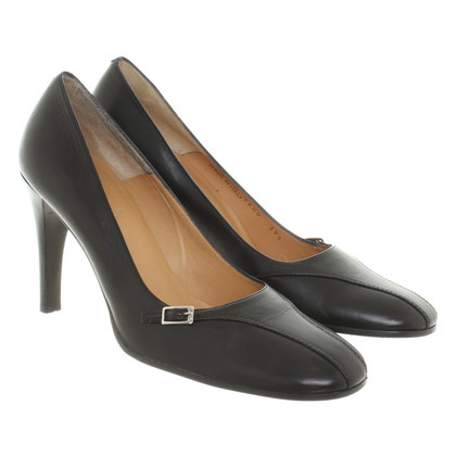 Bally pumps in zwart