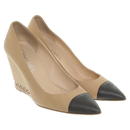 Chanel pumps Cuneo