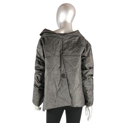 Issey Miyake De origami stijl jas