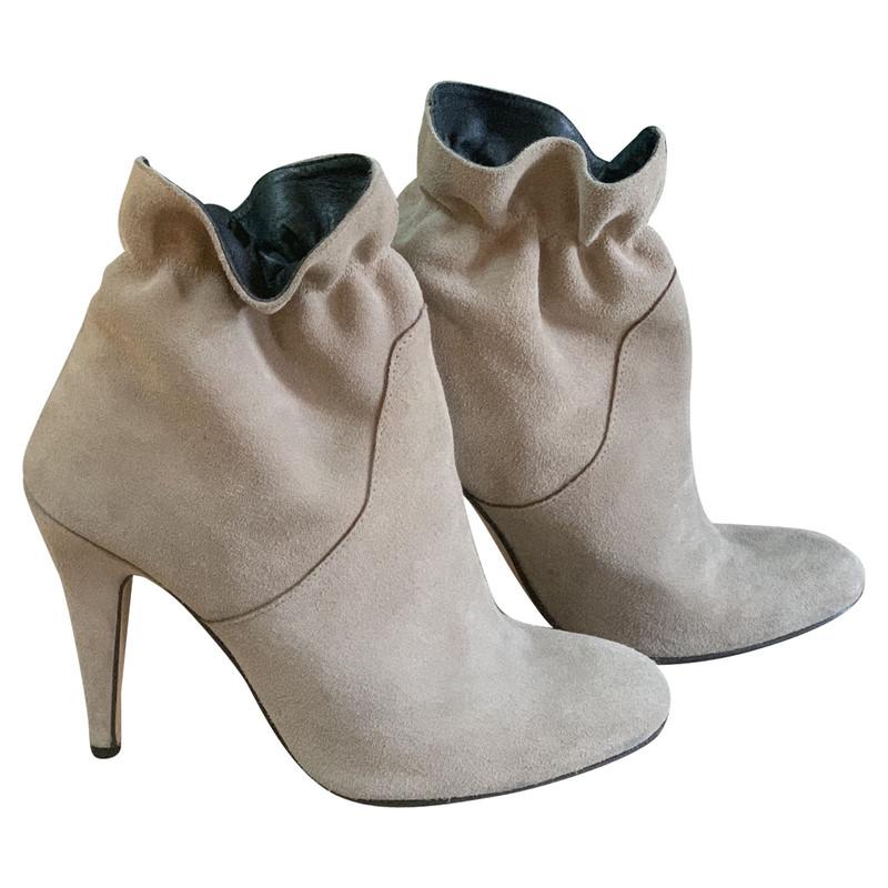 buy second hand designer shoes