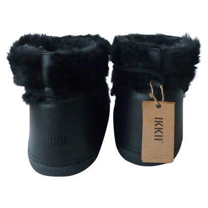 IKKII Boots with fur