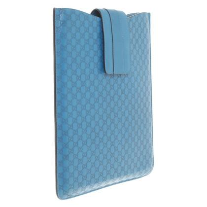 Gucci Custodia per iPad con il modello Guccissima