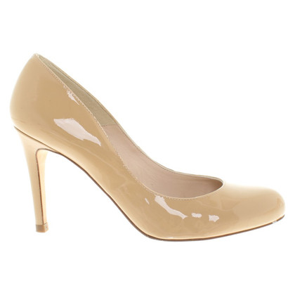 L.K. Bennett pumps in beige