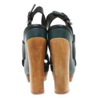 Marni for H&M Plateau-Pumps met houten elementen