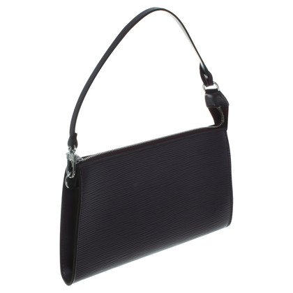 Louis Vuitton Handbag in Bordeaux