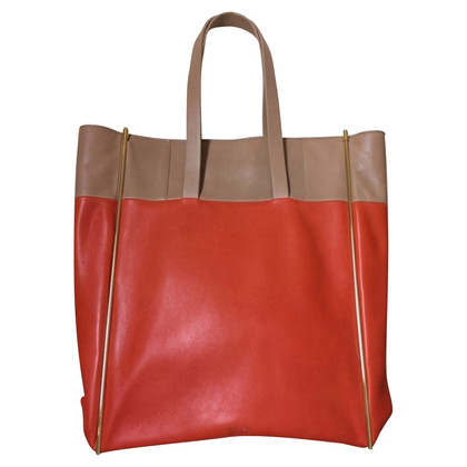 Kurt Geiger Shopper