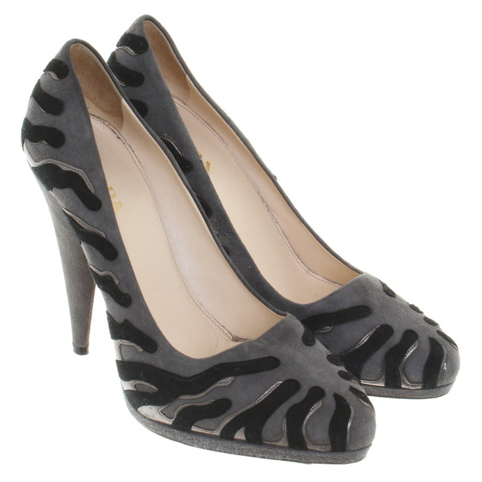 prada high heels in gray buy second hand prada high heels in gray for. Black Bedroom Furniture Sets. Home Design Ideas
