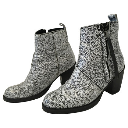 Acne Boots in black/white