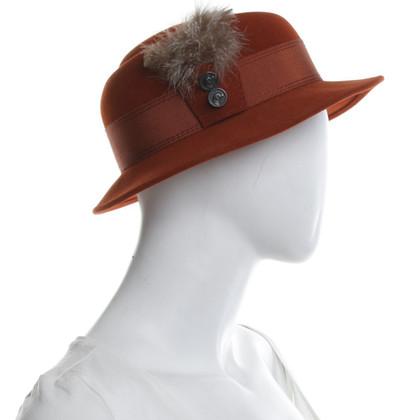 Hermès Cappello con decorazioni di piume