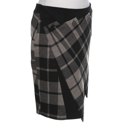 Karen Millen skirt with checked pattern