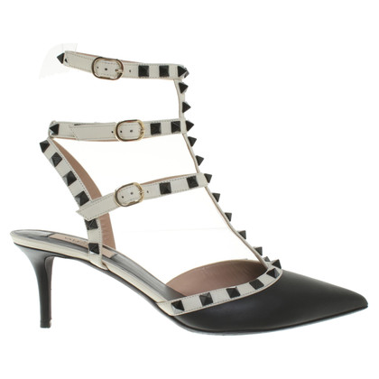 Valentino Rockstud-pumps in black and white