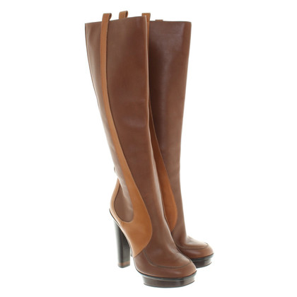 Fendi Boots in brown