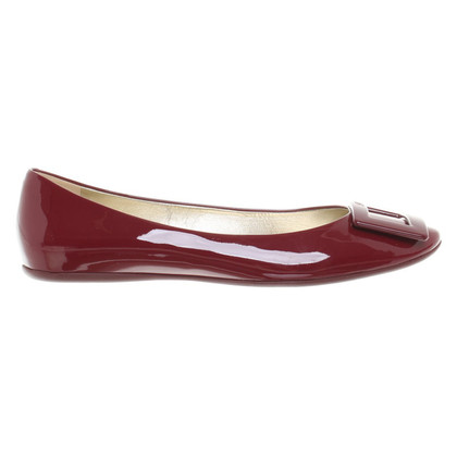 Roger Vivier Ballerinas in Bordeaux