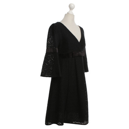 Karen Millen Lace dress in black
