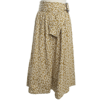 Dorothee Schumacher skirt with floral pattern