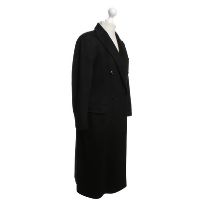 Strenesse Coat in black