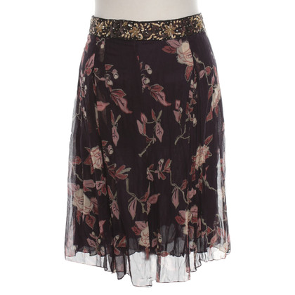 Stefanel skirt with a floral pattern