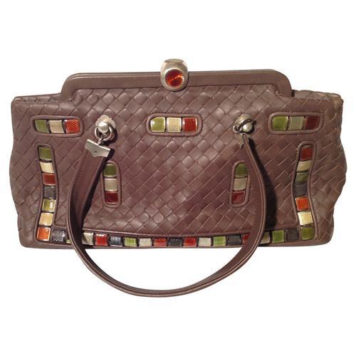 Bottega Veneta Handbag in brown - Second Hand Bottega Veneta Handbag ... c1691d3aba3ec